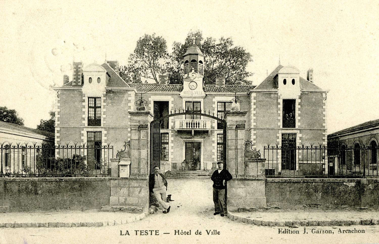 photo mairie 1906 - ©AMLT