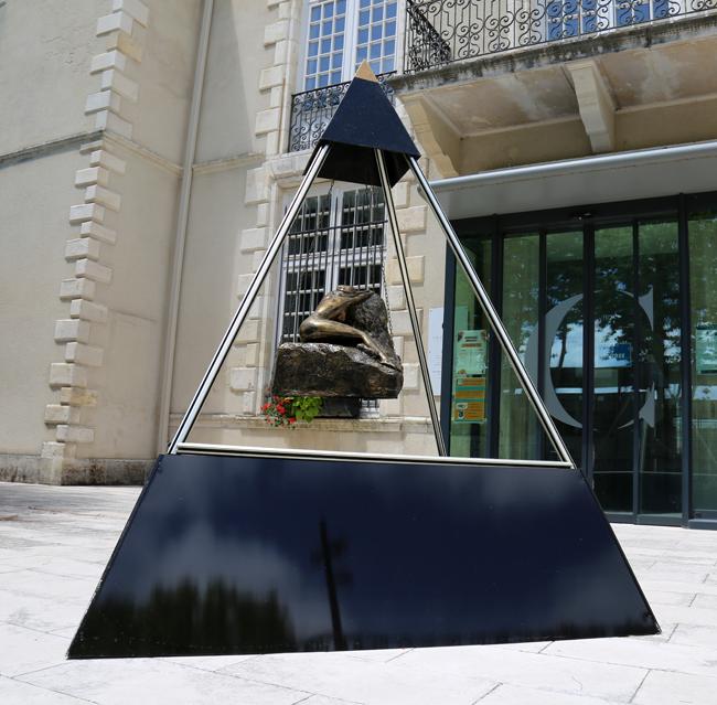 lorus pyramide